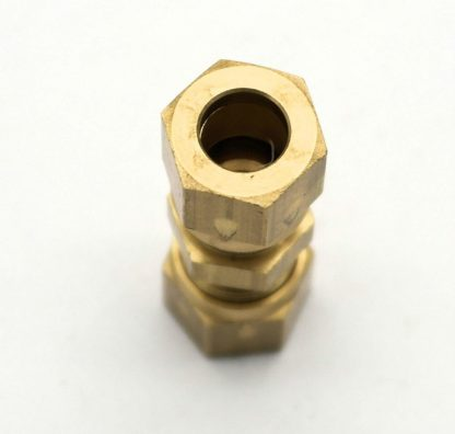 British Made 8Mm To 8Mm Brass Compression Fitting  (16)